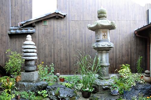 京都・宮川町の町家cafe ろじうさぎ-お庭