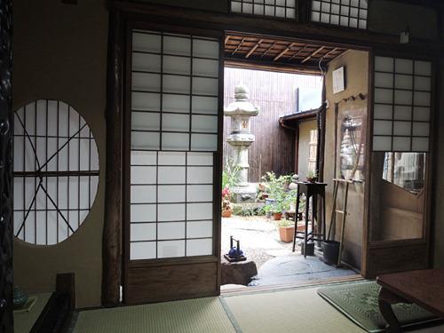 京都・宮川町の町家cafe ろじうさぎ-お座敷